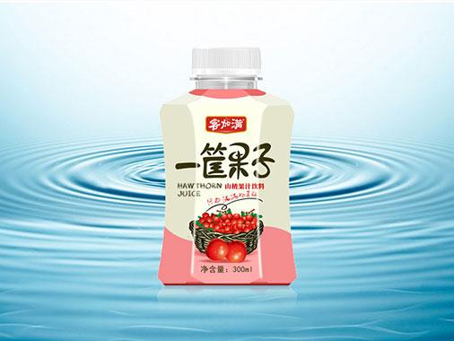 客加满一筐果子山楂汁