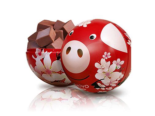 amovo魔吻桃花红猪铁罐黑巧克力
